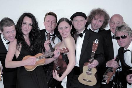United Kingdom Ukulele Orchestra live im Kieler Schloss