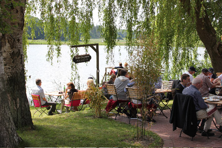 Felder Seegarten veranstaltet Flohmarkt