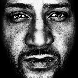 Musikalische Grenzen – Moses Pelham live im Kieler MAX