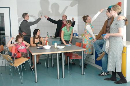 Lichtgestalten im Kieler Kulturforum: 18 Zimmer, Küche, Flur