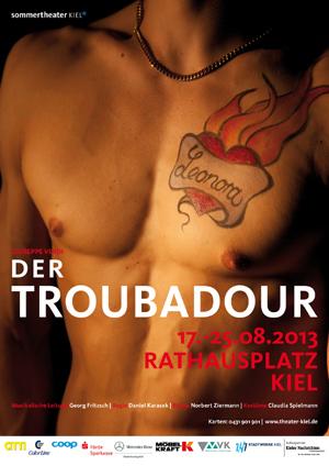 Sommertheater in Kiel: Der Troubadour auf dem Rathausplatz