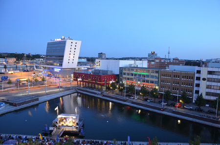 Kieler Musikkneipen zu Gast beim KielNET Bootshafensommer