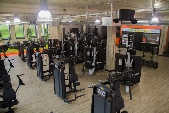 FitX-Fitnessstudio-Essen-Be