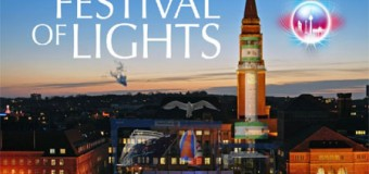 1. Festival of Lights in Kiel bietet Lichtershow auf dem Kieler Rathausplatz